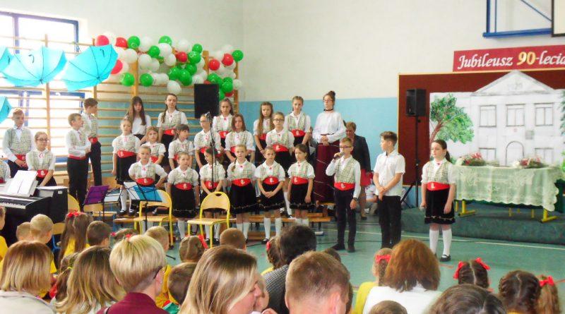 Jubileusz 90-lecia Szkoły Podstawowej  im. Marii Konopnickiej w Kraczewicach